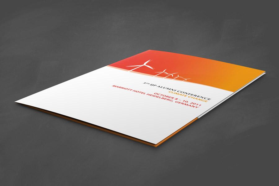 Broschüre Flyer Gestaltung Design Layout